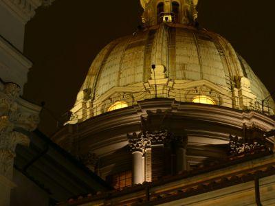 San-Carlo-Suite-Roma-cupola-notte