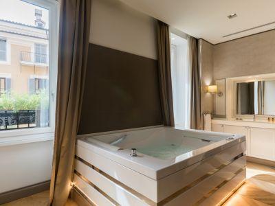 16-San-Carlo-Suites-DG-1430-HDR