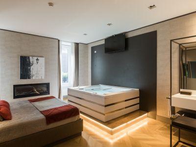 28-San-Carlo-Suites-DG-1574-HDR