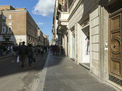 San-Carlo-Suite-Rome-entance-1325