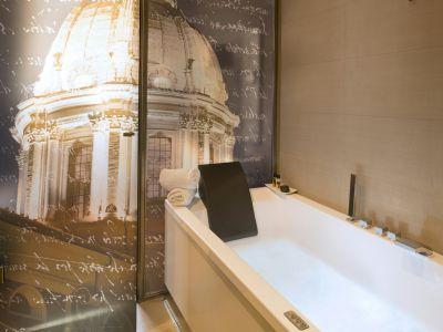 SanCarloSuite-Roma-deluxe-bagno-4